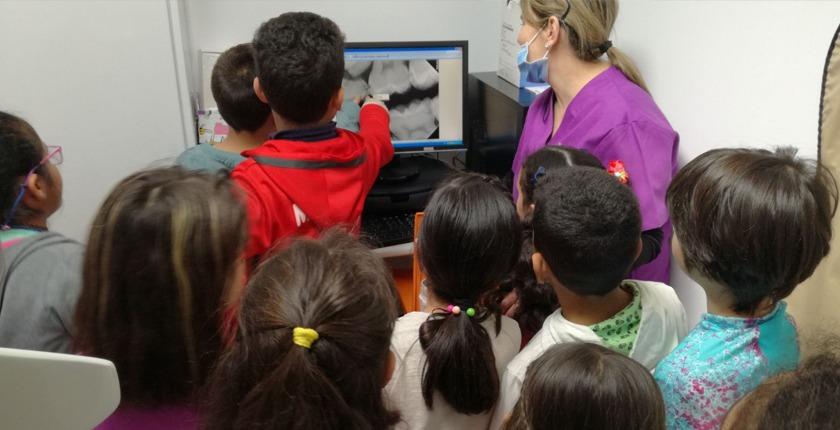 Centre-Dental-Les-Escoles-Escola-El-Vallès