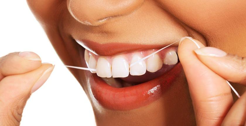 Centre-Dental-Les-Escoles-Neteja-Interdental